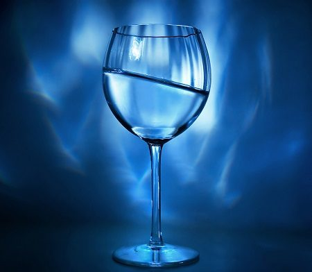 кърмене, вода, алергии, алкохол, вино