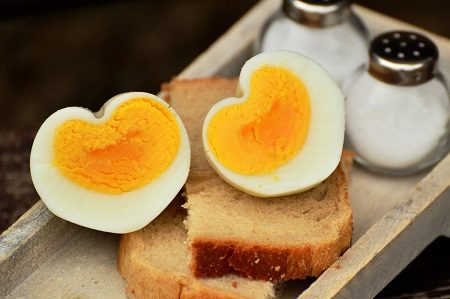 забременяване, храни, витамини, яйца, риба, мазнини
