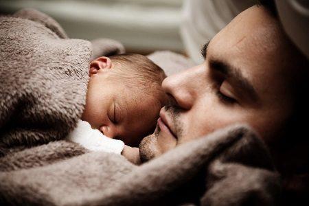 Мъж, баща, дете, майка, грижи
