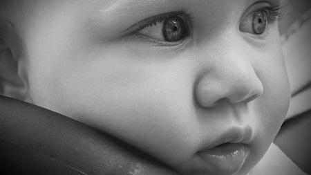 бебе, плач, успокоява, шум