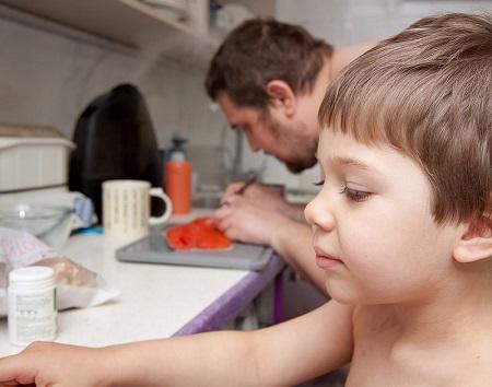 дете, кухня, безопасност, възрастен, нож, печка