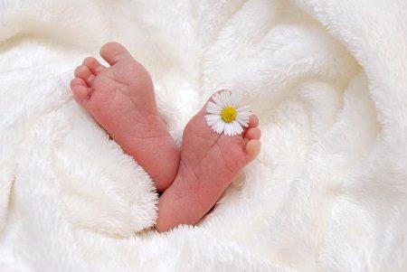 новородено, бебе, лято, заболявания